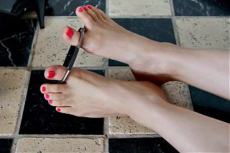 Feet 061 - Girls Feet Restricted by Toe Cuffs (Request)