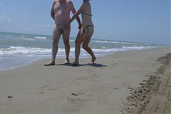 Walking in chastity on the beach